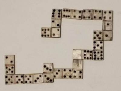 CM.1963.444 Dominoes